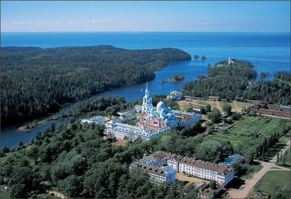 Valaam-island-a-city-in-the-lake